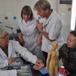 Dr. Tao explaining a clinical case